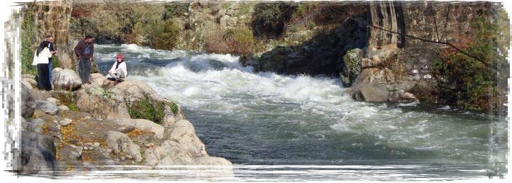 Ruta desde Arenas de San Pedro al Charco verde de Pelayos, por el rio Arenal, montañismo y senderismo Arenas de San Pedro. Charco verde Pelayos rio Arenal
